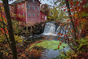 Обои США Водопады Осенние Дома Мельницы Водяная мельница Augusta Wisconsin
