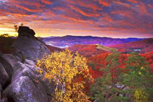 Фотография Украина Горы Леса Осень Небо Вечер Карпаты Облака Природа