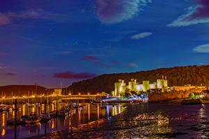 Обои Великобритания Замки Реки Пирсы Ночь Уэльс Conwy город