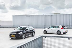 Фото Volvo 2 Металлик 2016-17 V40 авто