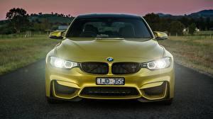 Фото BMW Спереди Золотая M3 F80 Автомобили