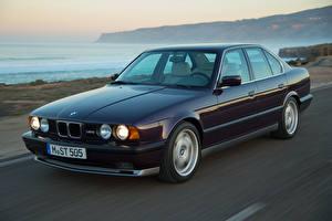Обои BMW Ретро Движение Металлик Седан 1991-94 M5 Worldwide Автомобили картинки