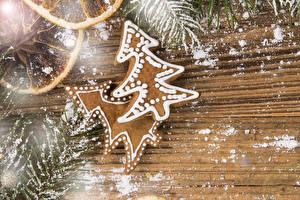 Картинка Рождество Печенье Сахарная пудра Доски Дизайн Ель Пища