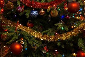 Картинки Рождество Электрическая гирлянда Ветвь Шар