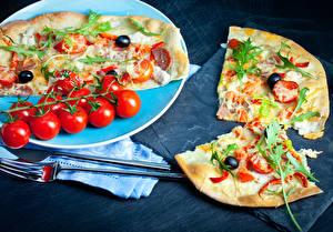 Обои Фастфуд Пицца Томаты Вилка столовая