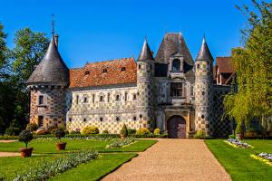 Картинки Франция Замки Газон Дизайн Chateau de St Germain de Livet