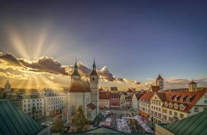 Фотография Германия Здания Небо Лучи света Бавария Regensburg Города