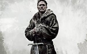 Фотографии Мужчины King Arthur: Legend Of The Sword Charlie Hunnam Фильмы