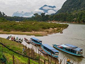 Фотография Реки Побережье Речные суда Лодки Muang Ngoi Laos Природа