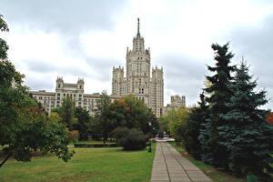 Фотография Россия Москва Здания Ель Города