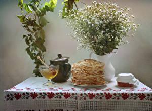 Картинки Натюрморт Блины Мед Букеты Ромашки Пища