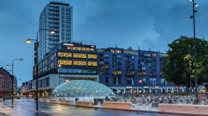 Фотографии Швеция Здания Вечер Уличные фонари Улица Велосипед Malmo Города