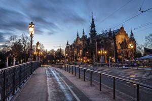 Фотографии Швеция Стокгольм Вечер Здания Мосты Уличные фонари Ограда