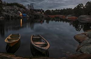 Картинка Швеция Стокгольм Речка Пирсы Лодки Ночные