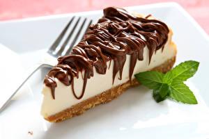 Фотографии Сладости Пирожное Шоколад