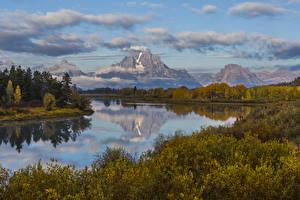 Картинки Штаты Пейзаж Парки Речка Горы Осенние Кусты Snake River Grand Teton National Park Wyoming Природа