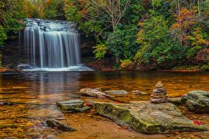 Картинка США Водопады Камень Осень Кусты Panthertown Valley Waterfalls Природа