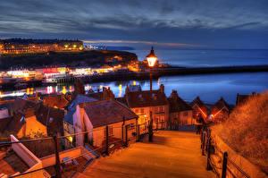 Фотография Великобритания Дома Пристань Ночные Лестница Уличные фонари Whitby North Yorkshire Города