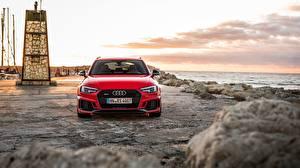 Картинка Audi Спереди Красный Универсал 2018 RS4 Avant Машины