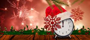 Фотография Рождество Часы Шапки Снежинки Электрическая гирлянда