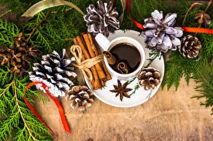 Фотография Рождество Кофе Корица Бадьян звезда аниса Шишки Чашка Еда