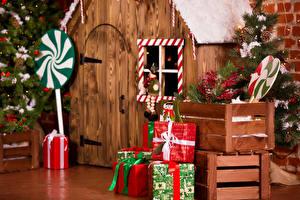 Фотографии Рождество Дома Интерьер Новогодняя ёлка Подарков