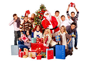 Фотографии Рождество Мужчины Люди Белый фон Подарки Улыбка Санта-Клаус Девушки