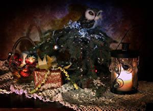 Картинки Рождество Совообразные Свечи Ветки Шарики Подарки