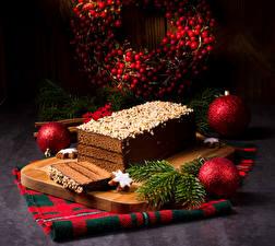 Картинки Новый год Выпечка Торты Разделочной доске Ветвь Шарики Продукты питания