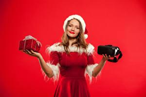 Новогодние девушки картинки (234 фото) скачать обои