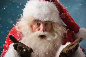 Фото Рождество Санта-Клаус Шапки Борода Взгляд