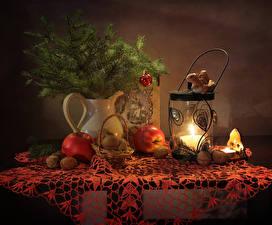 Фотографии Новый год Натюрморт Свечи Яблоки Орехи Ветки Корзина Фонари Пища