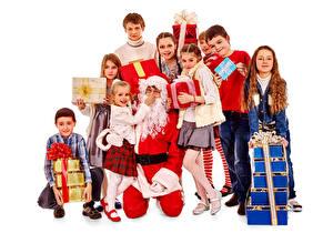 Фотография Рождество Белый фон Мальчики Девочки Дед Мороз Подарки Дети
