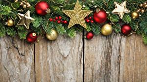 Фотографии Рождество Доски Ветки Шар Звездочки