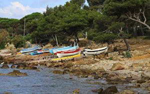 Картинки Франция Берег Камень Лодки Деревья Mar-Vivo Природа