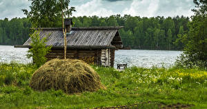 Обои Россия Озеро Дома Леса Сено Трава Mandrogi Island Lake Ladoga
