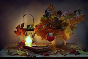 Фотография Натюрморт Осень Листья Фонарь Книга Бокалы