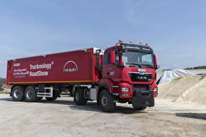 Фотография Грузовики Красный MAN-Maurer TGS 18.500 4×4 машины