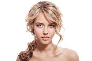 Обои Белый фон Лицо Смотрит Красивые Блондинка Девушки