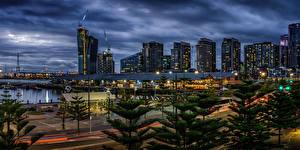 Фотографии Австралия Мельбурн Дома Вечер Уличные фонари Города