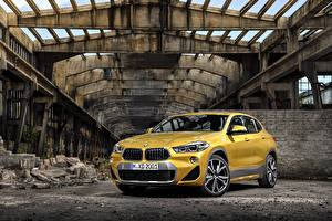 Обои БМВ Желтый Металлик 2018 X2 xDrive20d M Sport X Worldwide