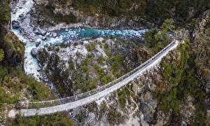 Обои Мосты Речка Скала Everest  Nepal Природа