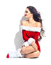 Фотография Новый год Белом фоне Шатенка Униформа Платье Улыбается Сидя Девушки