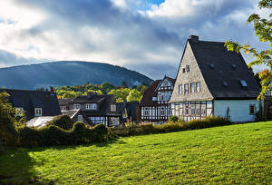 Обои Германия Дома Кусты Трава Goslar Города картинки