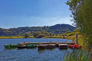 Фото Германия Речка Пирсы Лодки Meerfelder Природа