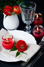 Картинка Праздники Лютик Свечи Водка Красный Рюмки Цветы