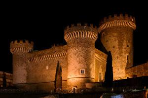 Фотографии Италия Замки Ночные Rocca Pia  Tivoli
