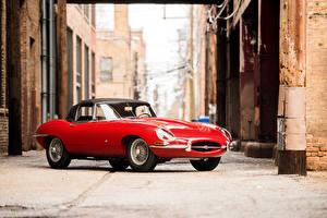 Картинки Jaguar Старинные Красный Металлик 1961-62 E-Type 3.8-Litre Open Two Seater Автомобили
