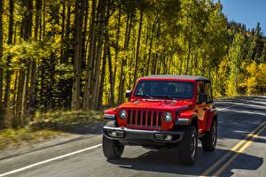 Фотографии Jeep Красная Wrangler Rubicon 2018 машины