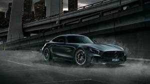 Фото Мерседес бенц GT R AMG 2018 Автомобили